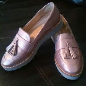 Women Naturalizer Loafer